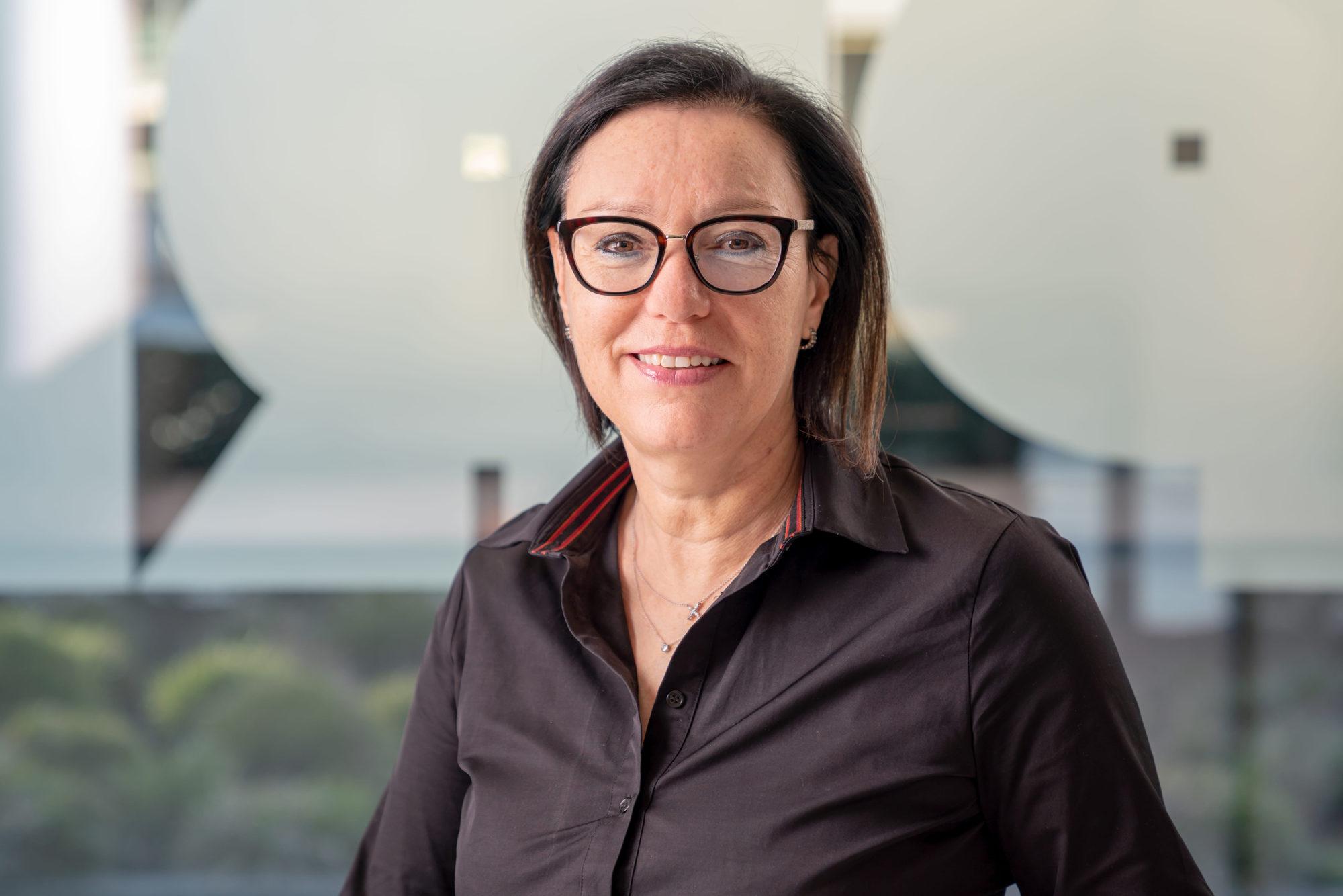 Maria Schmid, Buchhaltung